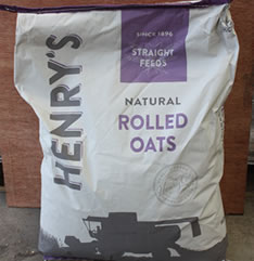Animal feeds, Henry's Rolled Oats for sale Evesham
